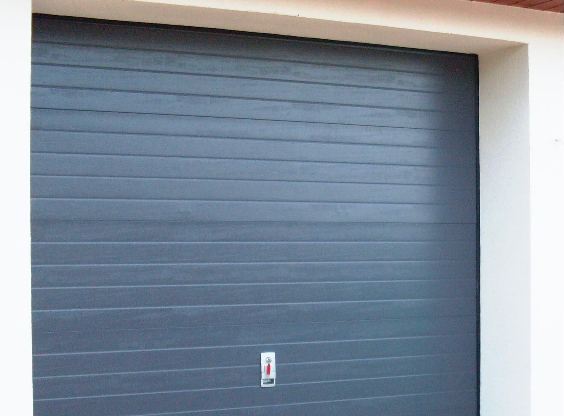 segmentowa brama garażowa
